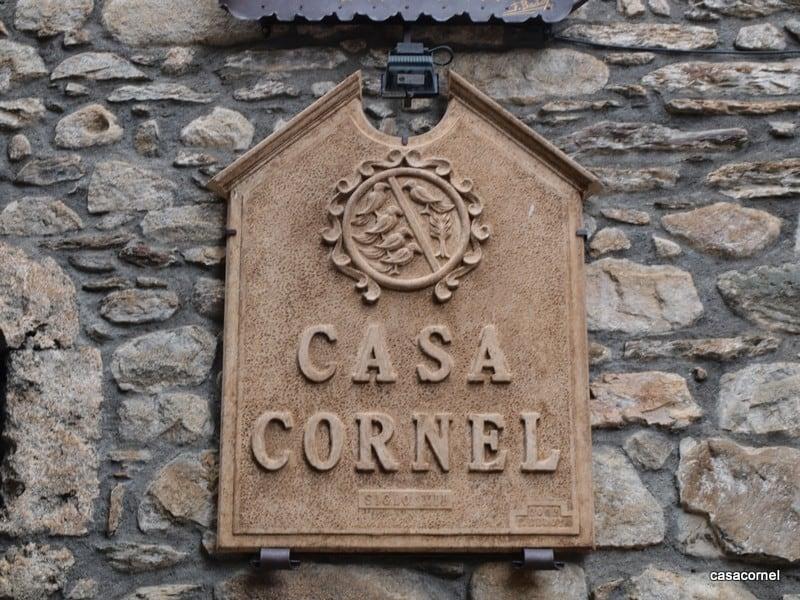 Escudo actual Casa Cornel
